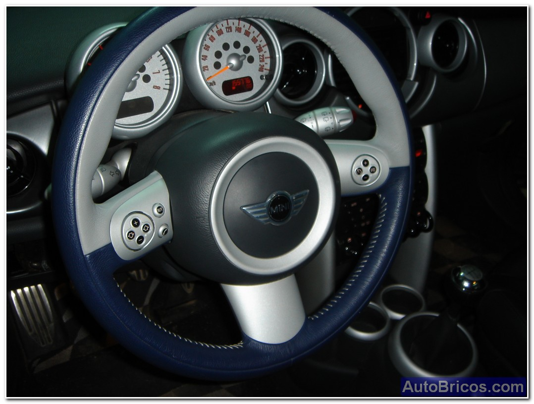 finally, the appearance of the 3-spoke steering wheel is as follows: